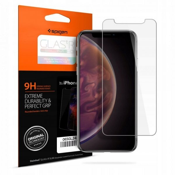 Spigen iPhone XS Max Screen Protector GLAS.tR Full Cover Glass